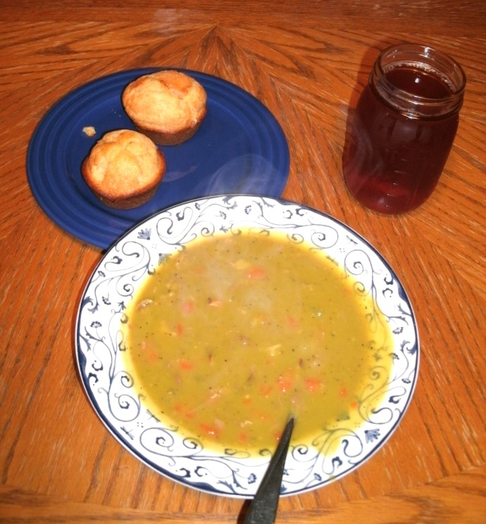 Splitpea and ham soup corn bread and sweet icetea on a very cold winter night