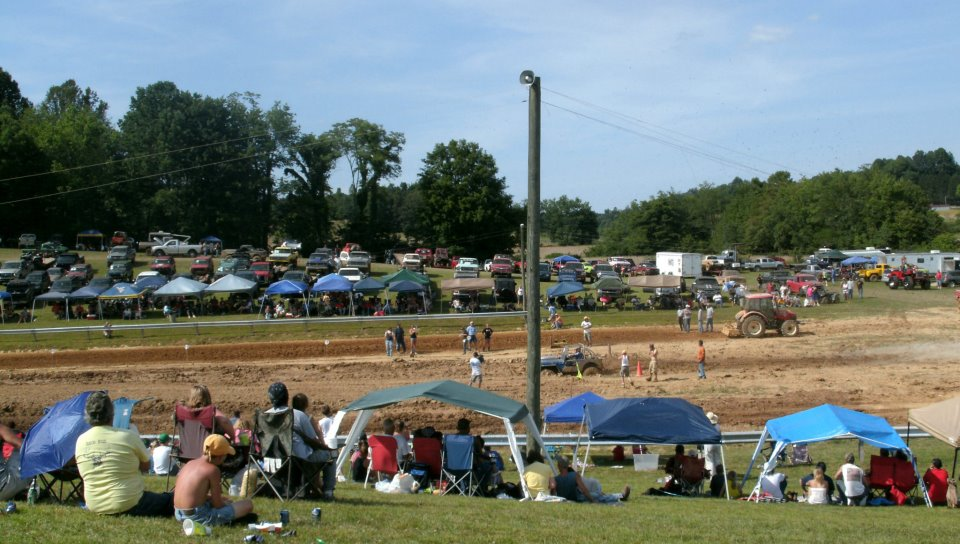 Mud Bog Madness, Races for the Whole Family (2/6)