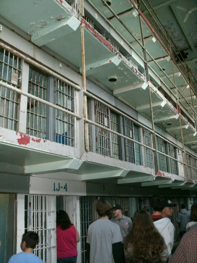 4 stories of cells in regular cell block home to about 600 prisoners. Moundsville prison, Moundsvill, West Virginia