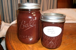 finished jars of apple butter 2013