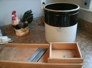 5 gallon crock with cabbage slicer
