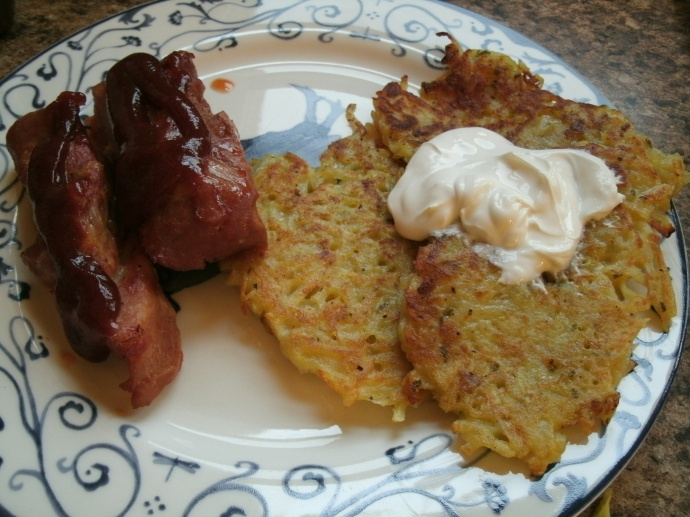BB-Q boneless pork ribs, with German style potato pancakes