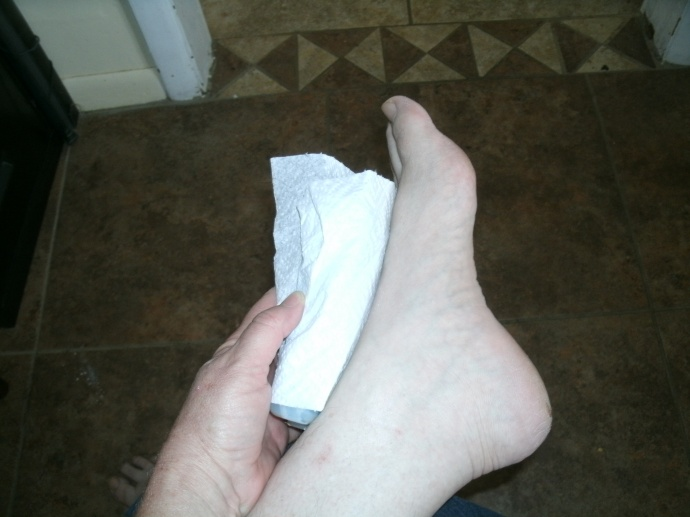 blue ice pack and paper towel