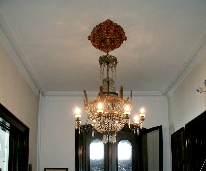 Chandelier of Louise Bennett Library