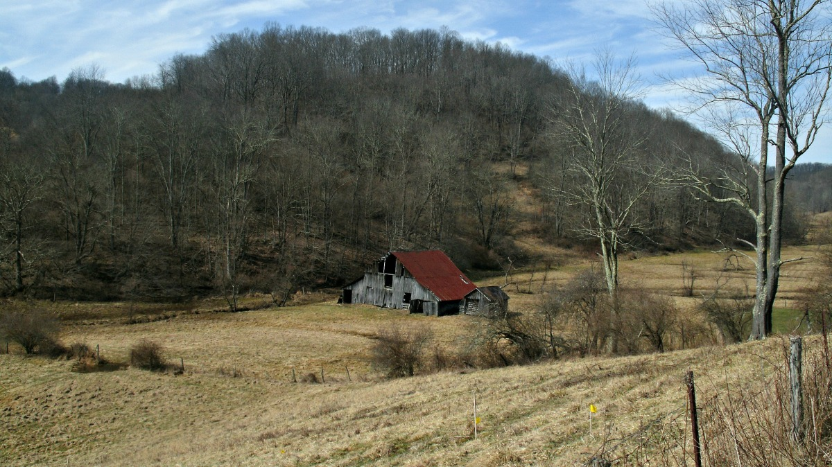 Home remodel part 1 the old barn barnwood builders and for Home builders in west virginia