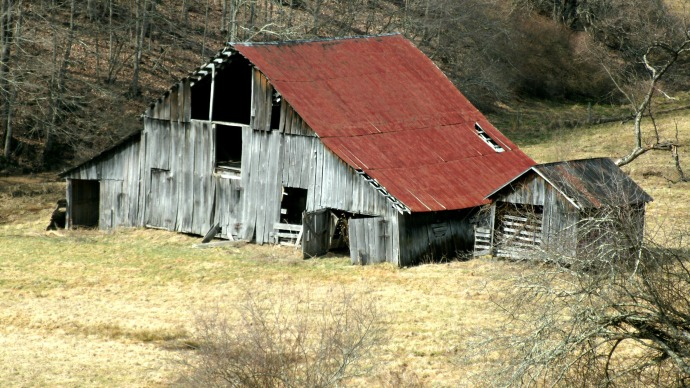 Kenchelo road barn before being torn down