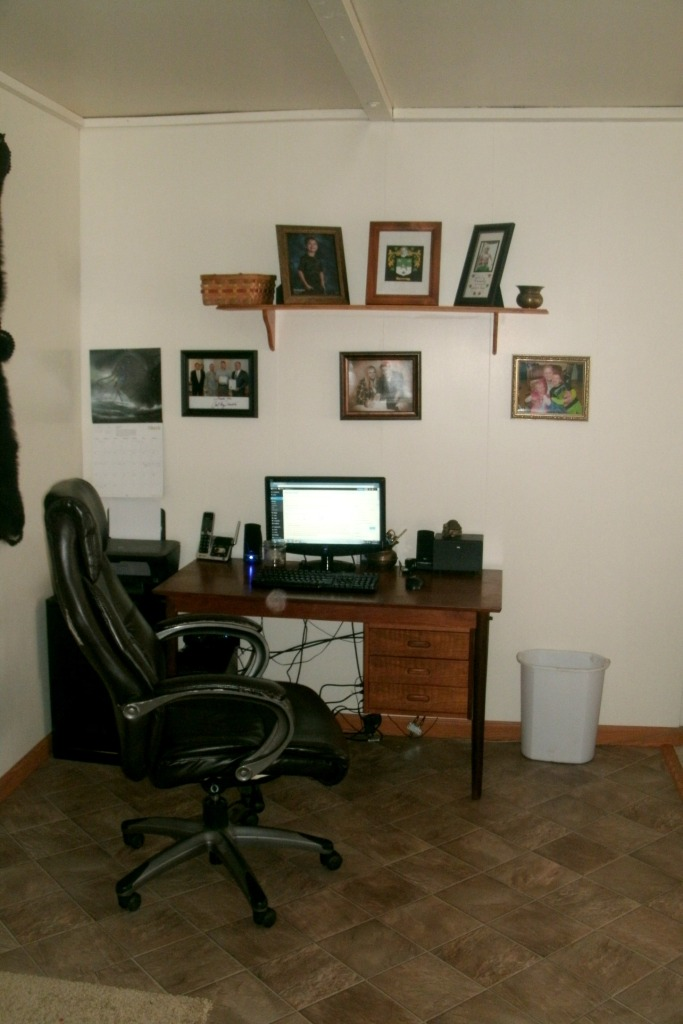 office portion of the family room