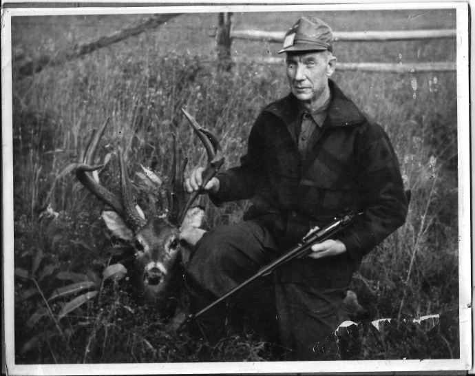 Thomas Bennton Powers my sons Great Grand father with monster buck