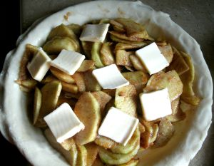apple pie filling is ready to bake