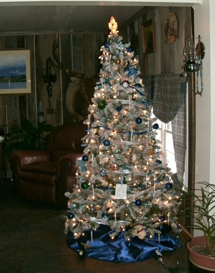 Blue and Silver Christmas tree 2015