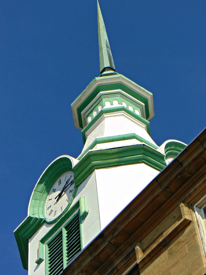 clock-tower-at-the-tala-2016
