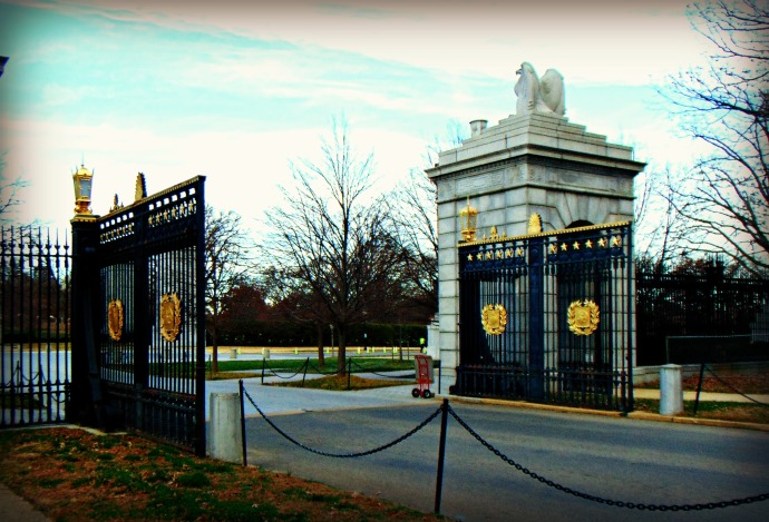 gates-at-arlington-national-cemetery-2016