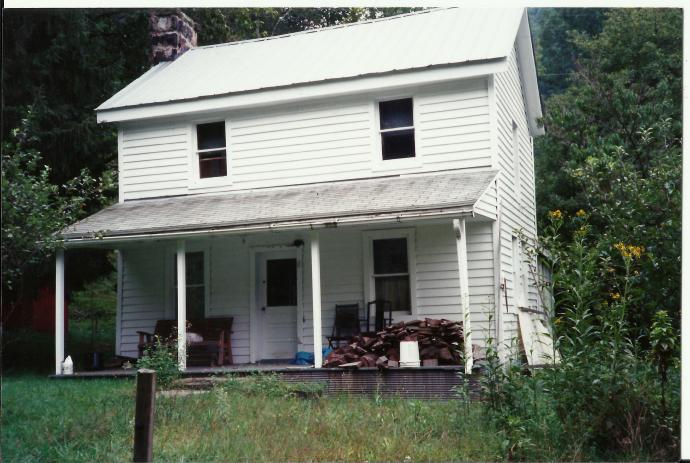 cutlip-family-home-before-siding-is-removed
