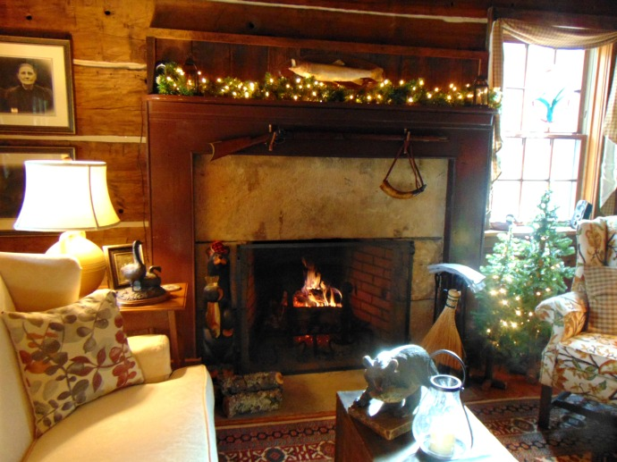 fireplace-at-cutlip-home-jan-17
