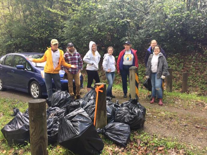 Highlands trail clean up spring 2017