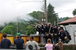 Union troops send shots along the road