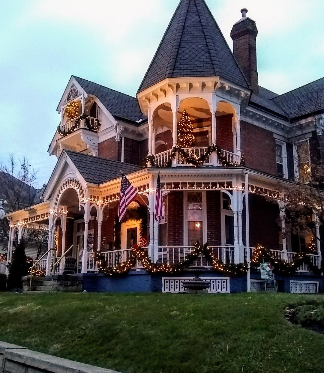 Goveners inn buckhannon christmas 2018