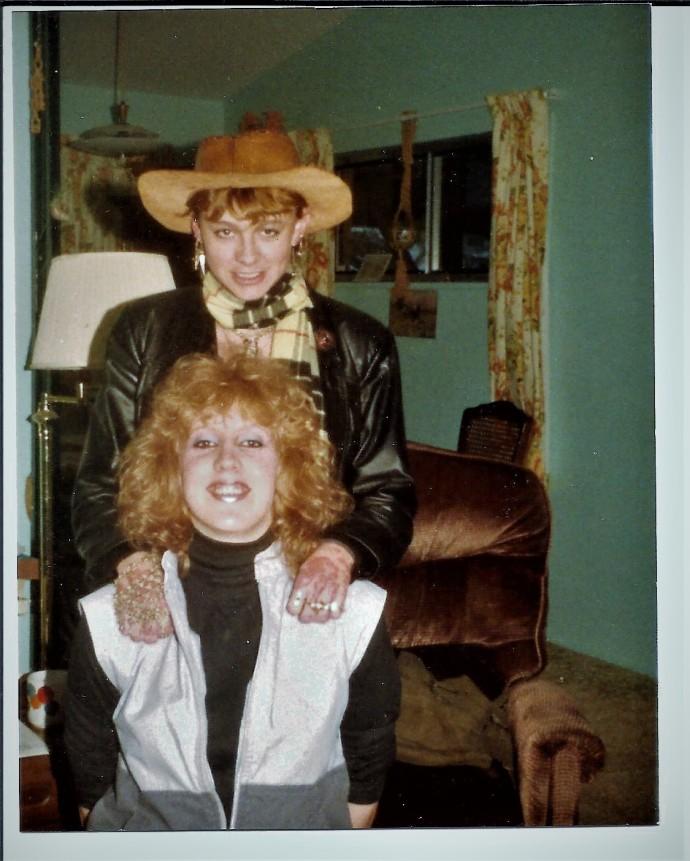 jill hamilton and Jolynn powers oct 1987 bad hair day (2)